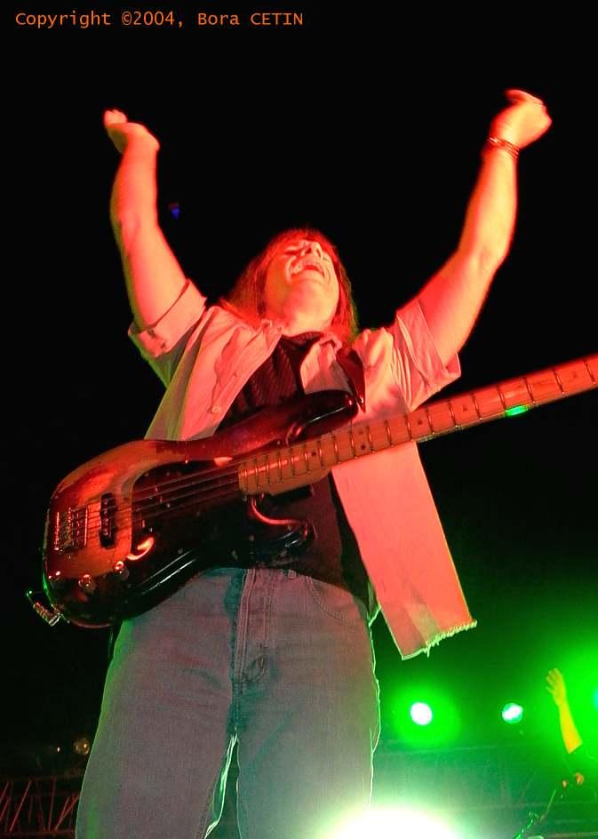 Trevor Bolder  2004 Istanbul Live